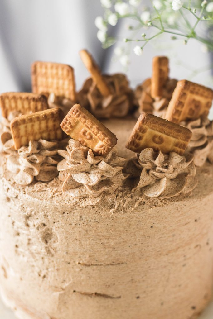 chai biscuit cake-3 Hello Friends chai pi lo - The Cupcake Confession