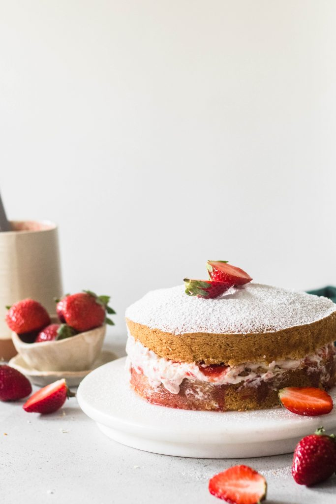 Eggless Victoria Sponge Cake - the cupcake confession-1