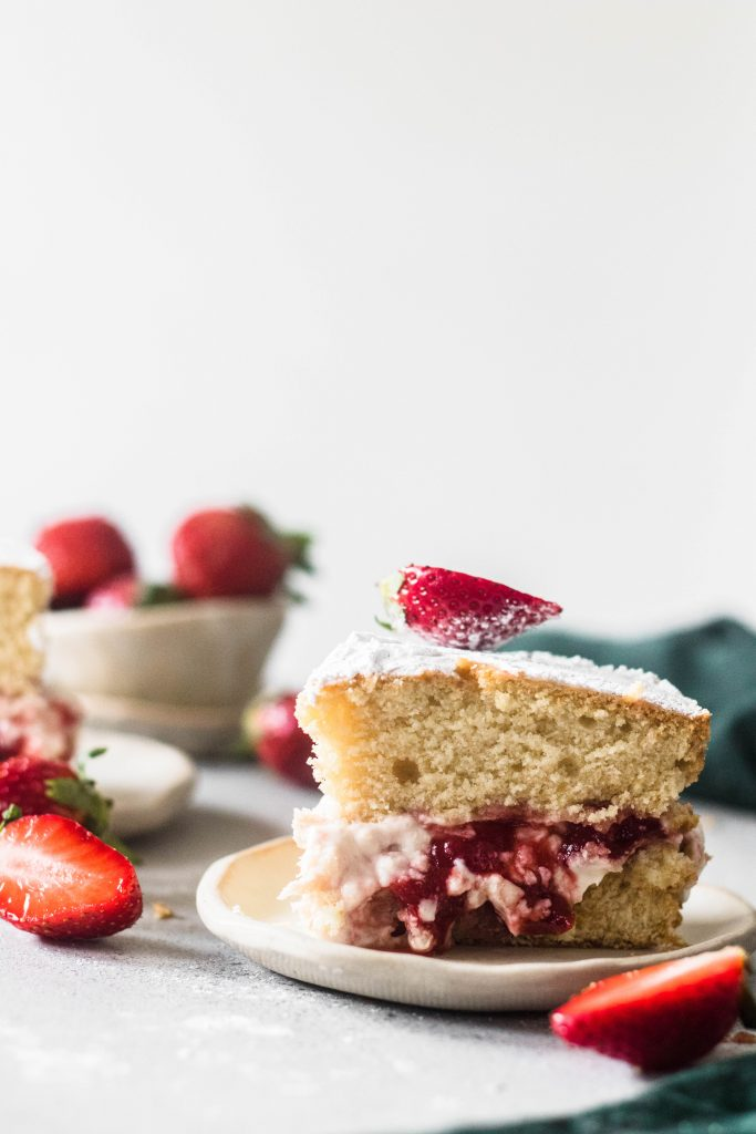Eggless Victoria Sponge Cake - the cupcake confession-3