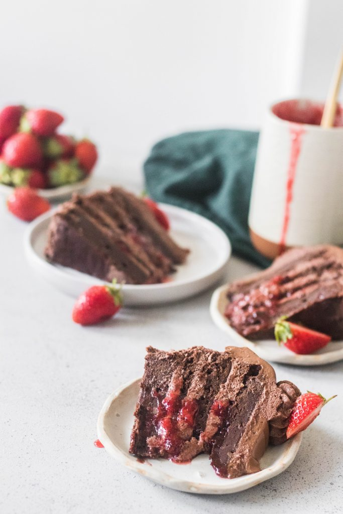 chocolate strawberry brownie cake - the cupcake confession-4